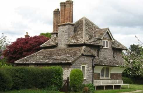 Storybook Cottage Designs The Fabulous Cottages Of Blaise Hamlet Storybook Cottage Roof Architecture Cottage Design