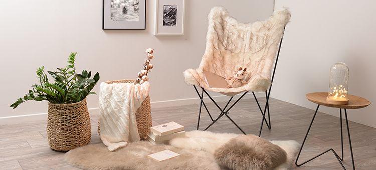De La Fourrure Partout Tapis Fauteuil Papillon Coussin Pour Une Atmosphere Rechauffee Deco Chambre Princesse Deco Chambre Meuble Deco