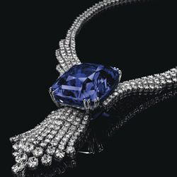 The Blue Belle Of Asia A 392 52 Carat Natural Blue Sapphire Which Holds The World Record Price For Any Sapphire S Beautiful Jewelry Expensive Sapphire Jewels