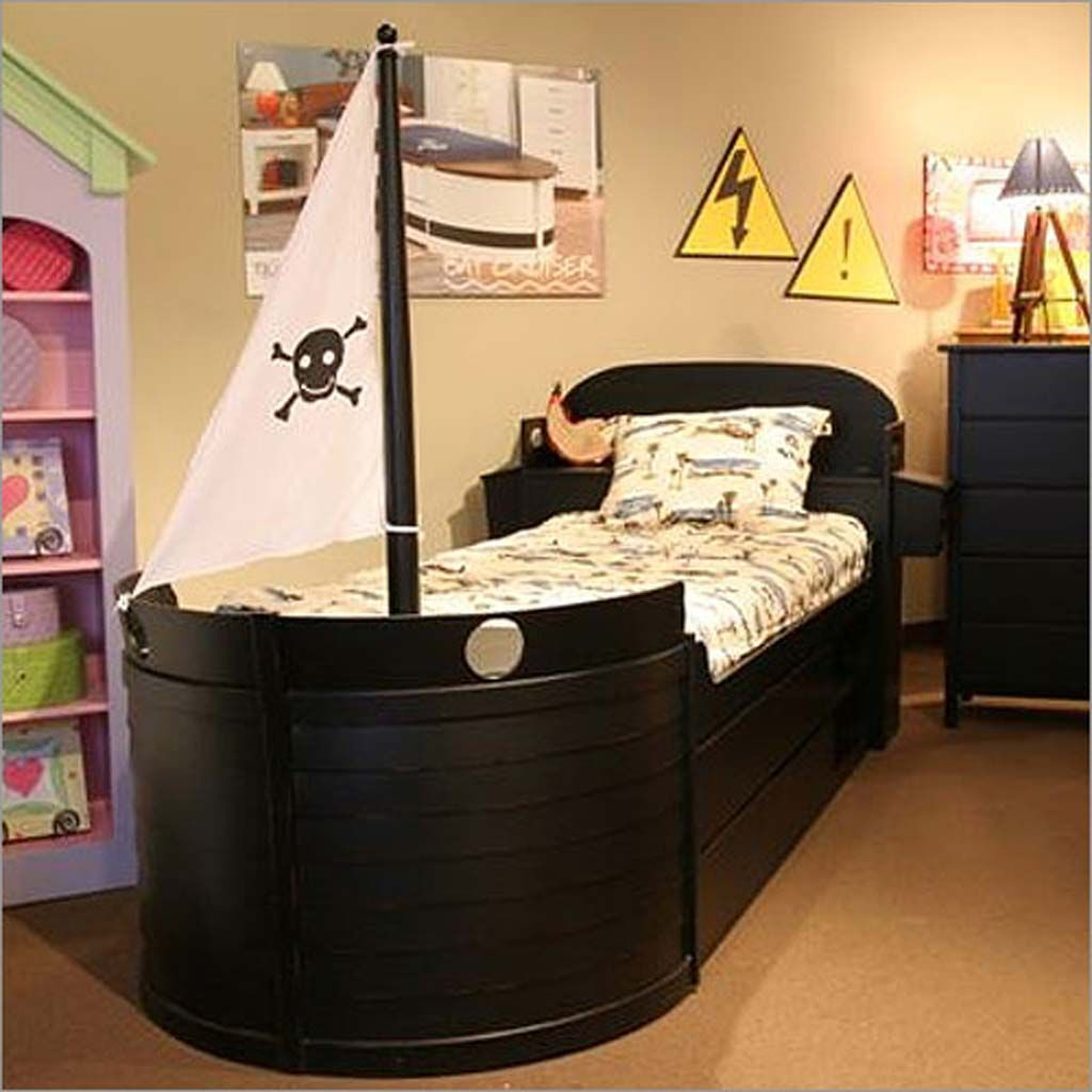 Bedroom How To Create Perfect Pirate Bedroom For Kids. Pirate Rooms, Boys  Pirate Ship, Bed On A Ship Bedrooms