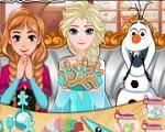Em Biscoitos de Frozen, junte-se a Elsa, Anna e Olaf em uma divertida tarefa. Eles estão disputando quem faz o melhor biscoito do Reino de Arendelle. E será você que vai decidir qual é o melhor. Divirta-se com Elsa, Olaf e Anna!