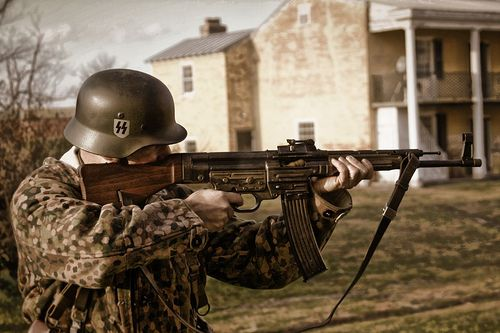 "German WW2 ""Sturmgewehr 44"""