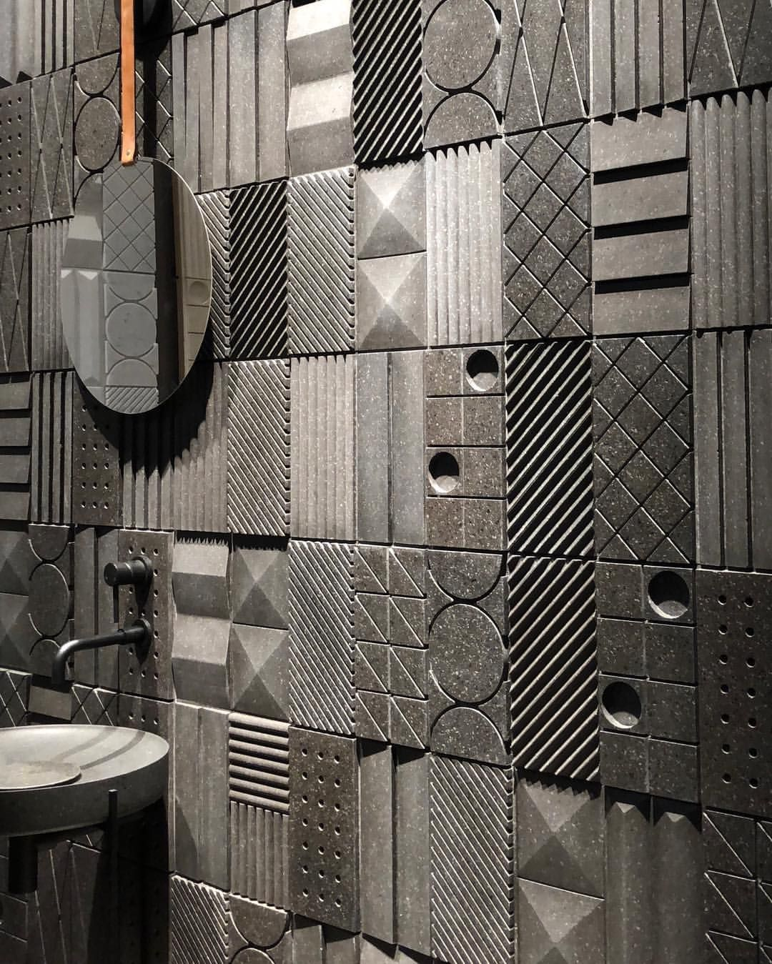 Piastrelle Concrete 3d Loving This Architectural Carved Marble Tile Wall Eurocucina2018