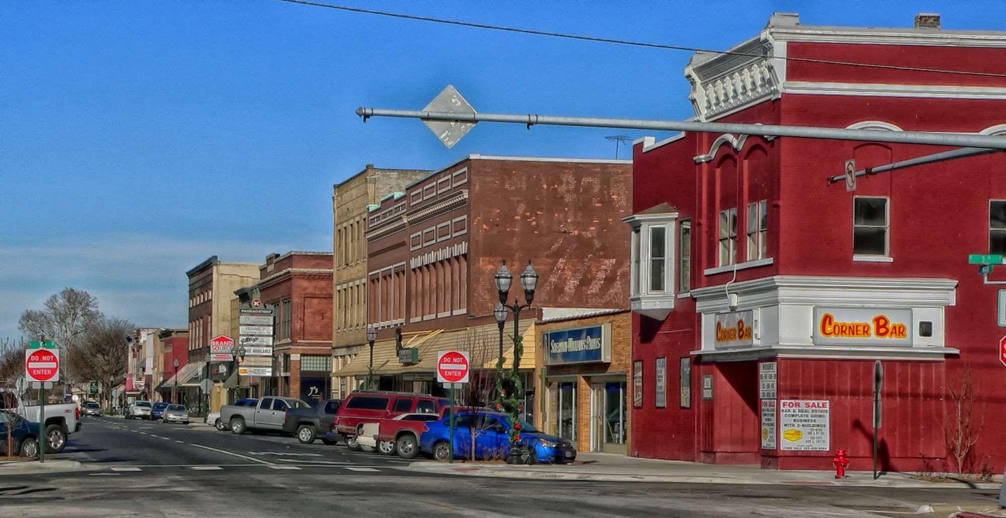 Bar Clouds Fremont Hdr Nebraska Pub Shops Sky Stores Street Town Urban Vehicles