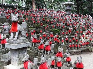 fox statues. Toyokawa Inari Shrine, Japan