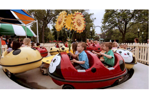 Six Flags Great America Restores 3 Kids Rides In Hometown Park Area With Video Great America Six Flags Hometown