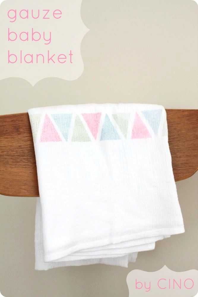I adore gauze baby blankets - great tute with a great tip for ...