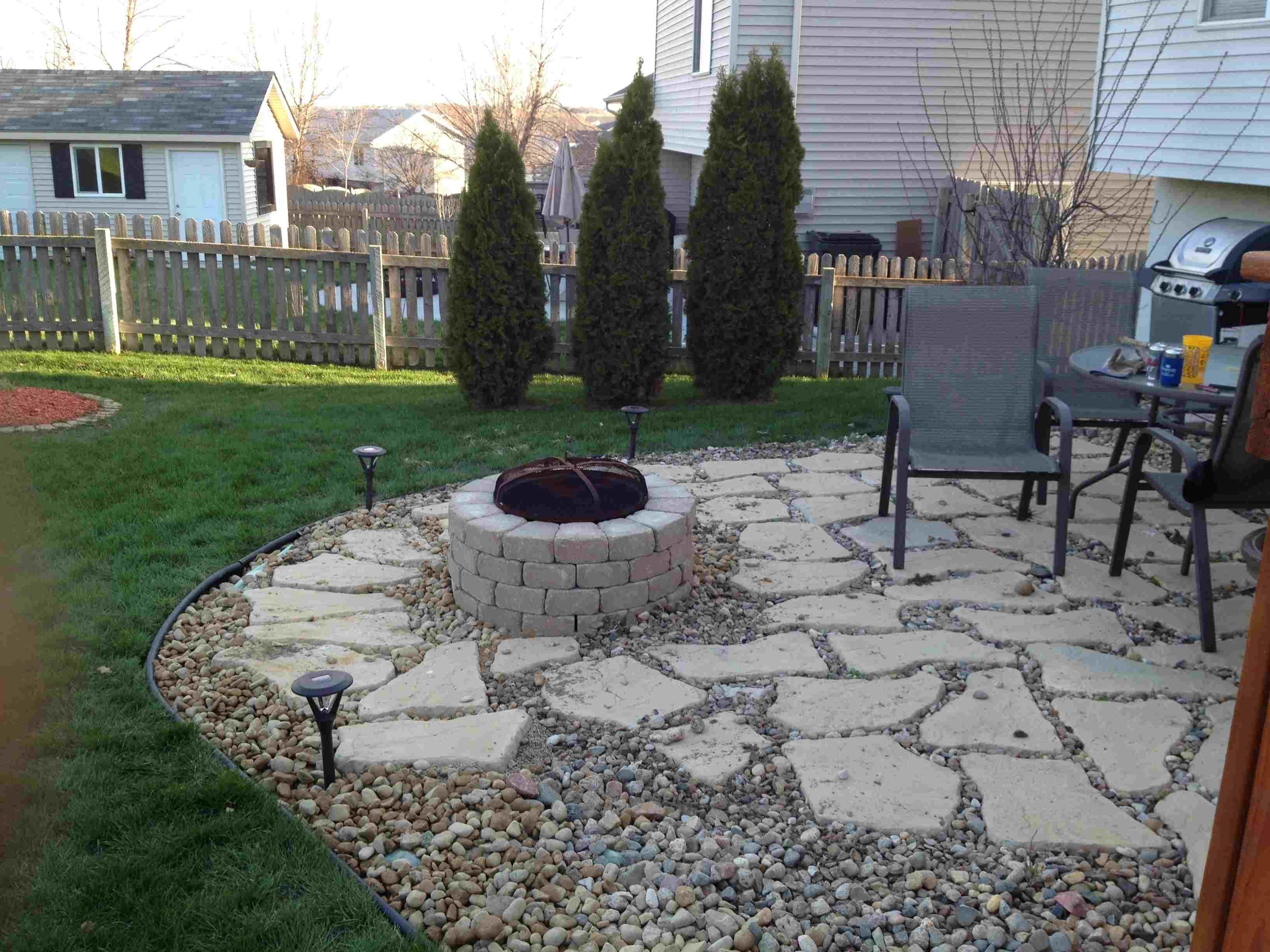 Backyard Paving Stone Patterns Design Patio Ide Pea Gravel Patio Backyard Garden Design Gravel Patio