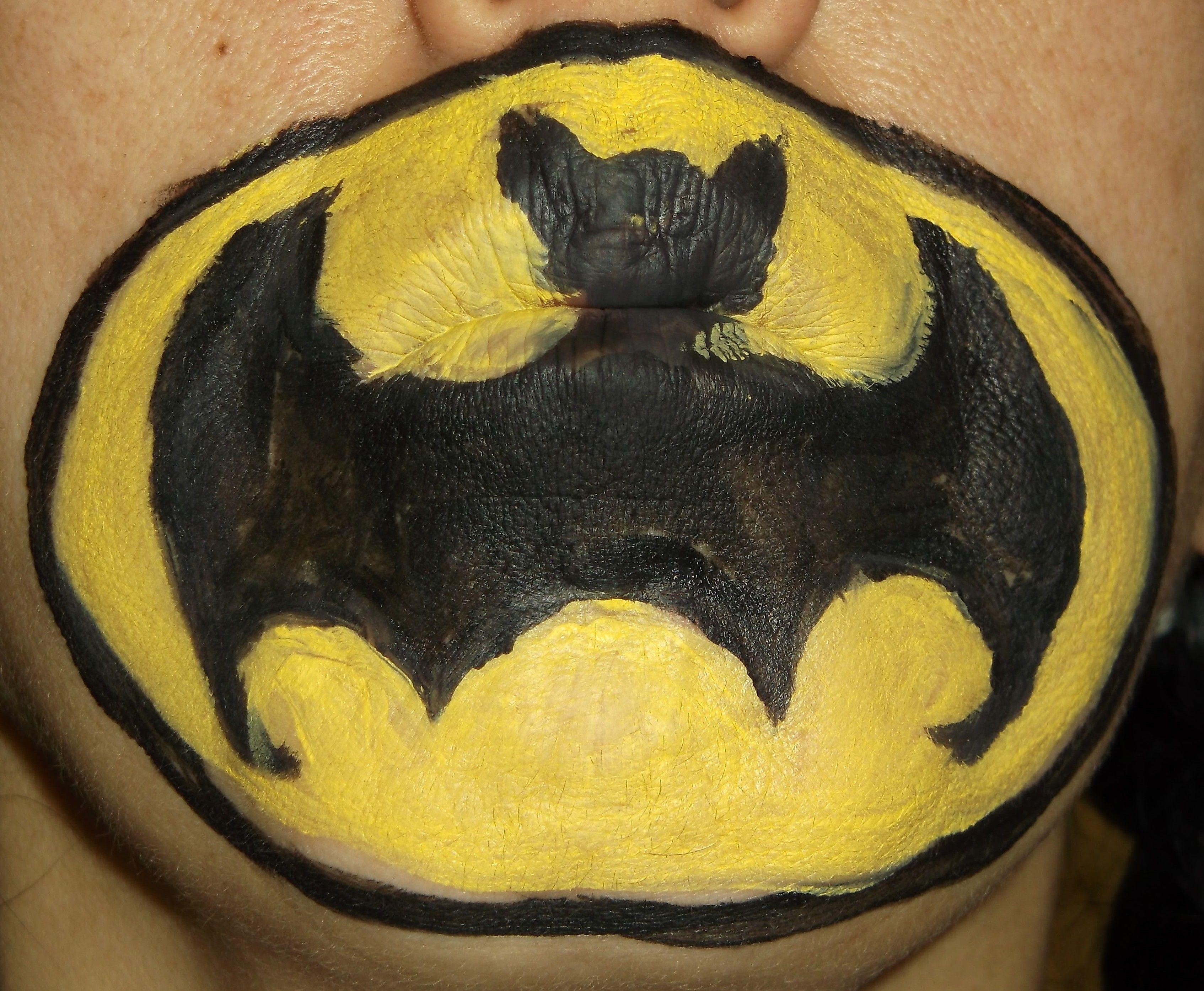 Batman logo 2012 Oct 26