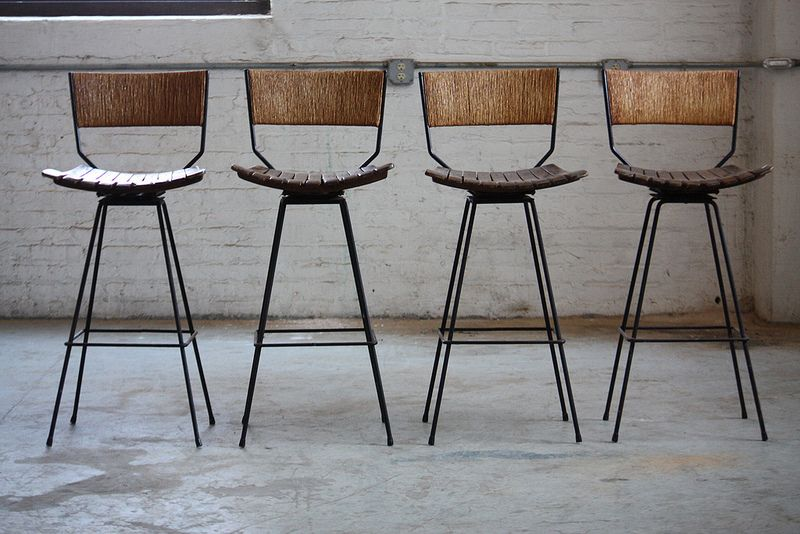 Determined Arthur Umanoff Mid Century Modern Rush Back Swivel Wrought Iron Bar Stools For Raymor U S A 1950s Iron Bar Stools Wrought Iron Bar Stools Retro Bar Stools