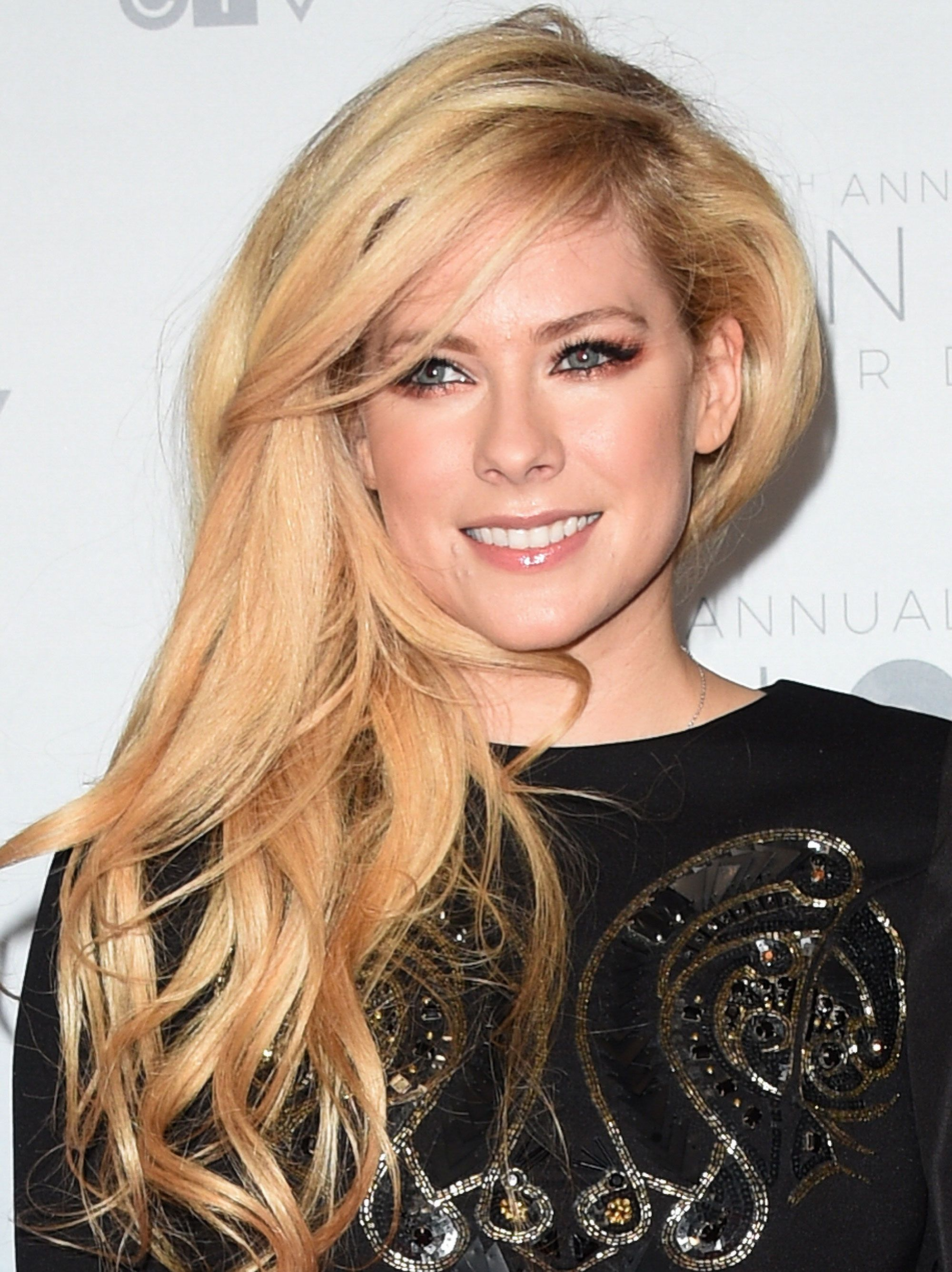 Avril Lavigne Says Its Been a Long Recovery as She Announces New Album Is in the Works