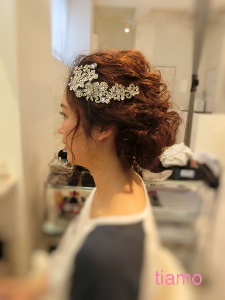 可愛い花嫁さまの柔らかナチュラルスタイル♡ヘアメイクリハーサル | 大人可愛いブライダルヘアメイク 『tiamo』 の結婚カタログ