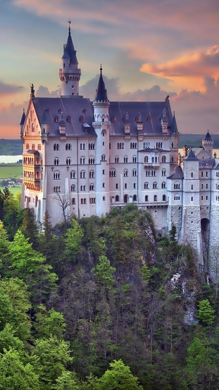 Pin De Beti0x En Tapety Na Telefon Tapeciarnia Pl Castillos Castillo De Neuschwanstein Lugares Preciosos