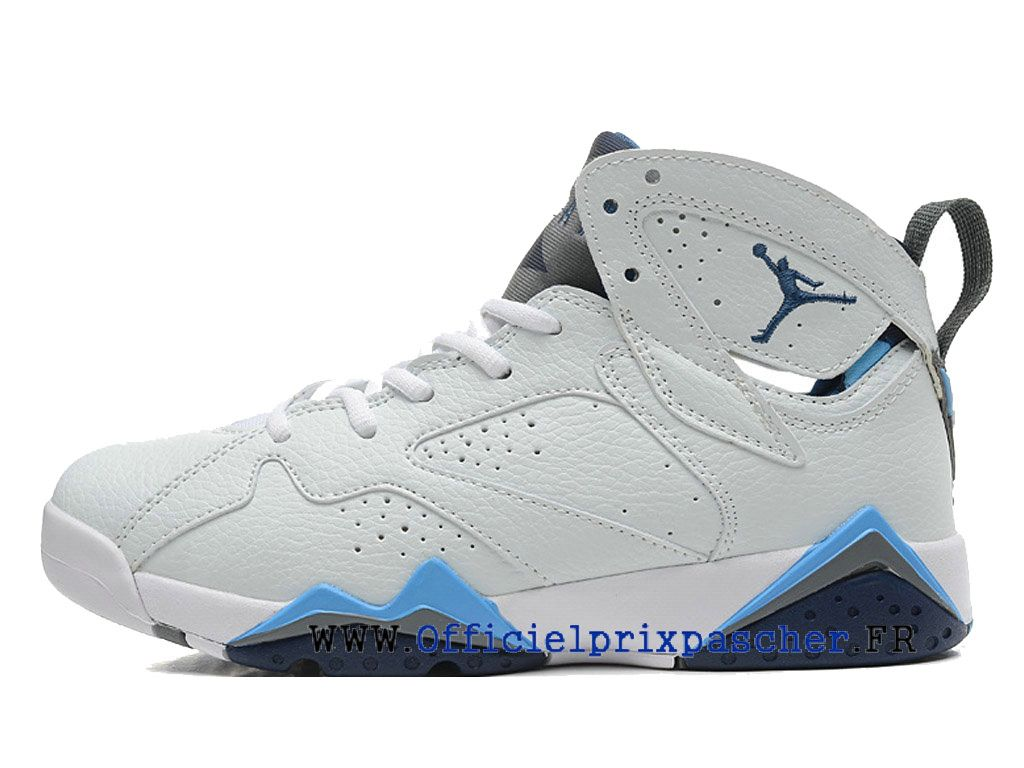 basket air jordan bleu