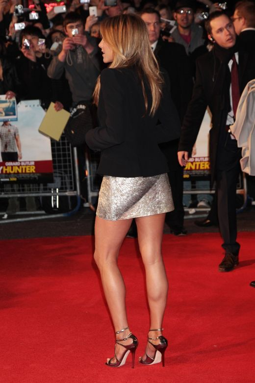 Jennifer Aniston Hot Legs in High Heels | Stickmuster
