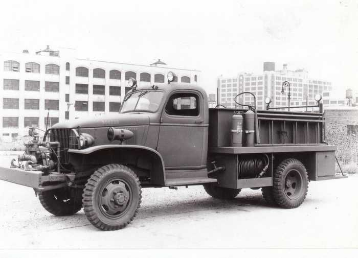 1944 Chevrolet Mack Cl 135 Crash Truck Fire Trucks Military Vehicles Trucks