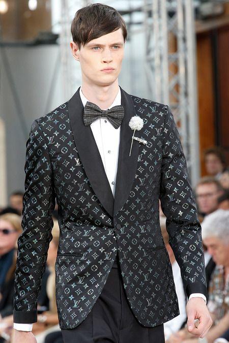 Louis Vuitton Spring 2014 Menswear Fashion Show  f2e17f16963