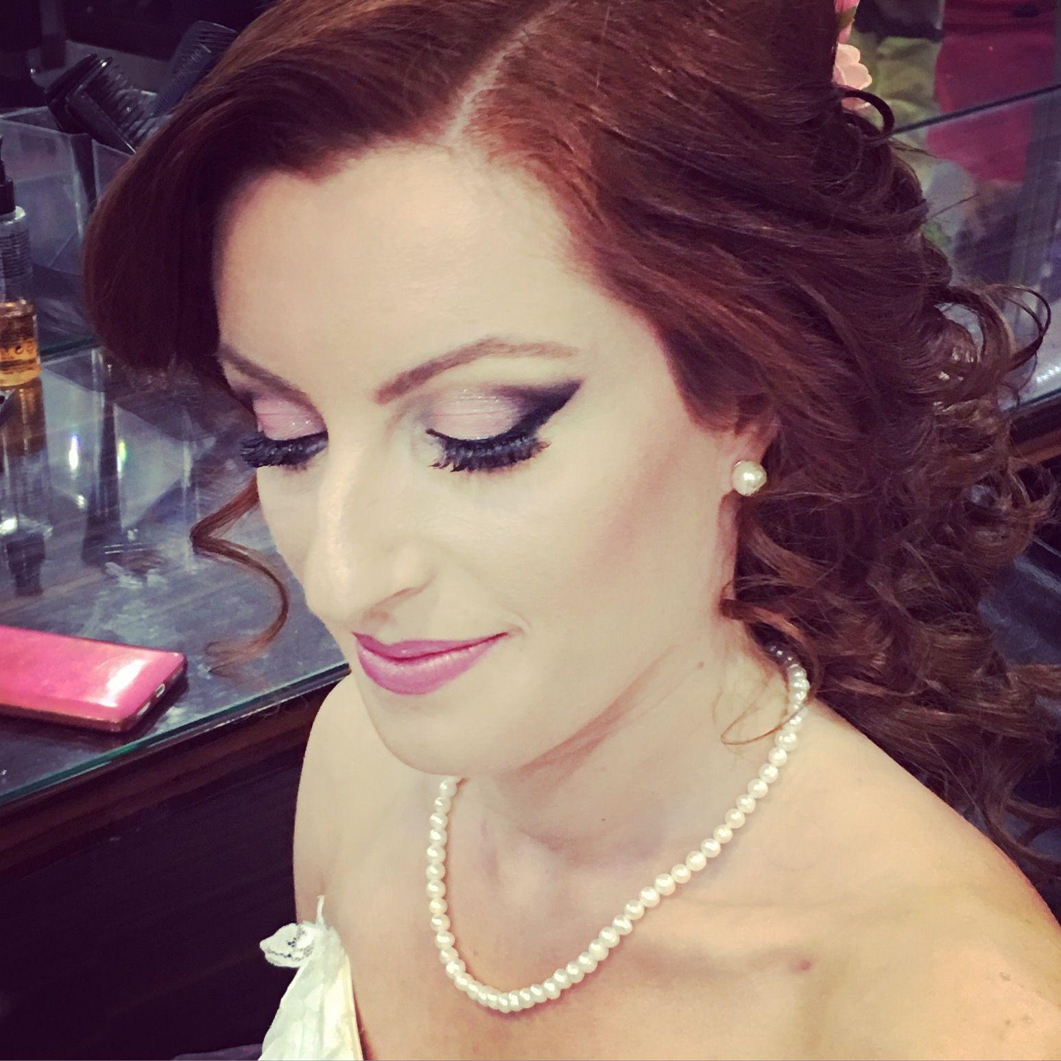 Makeup artist Sevil Türkmen adlı kullanıcının Makeup