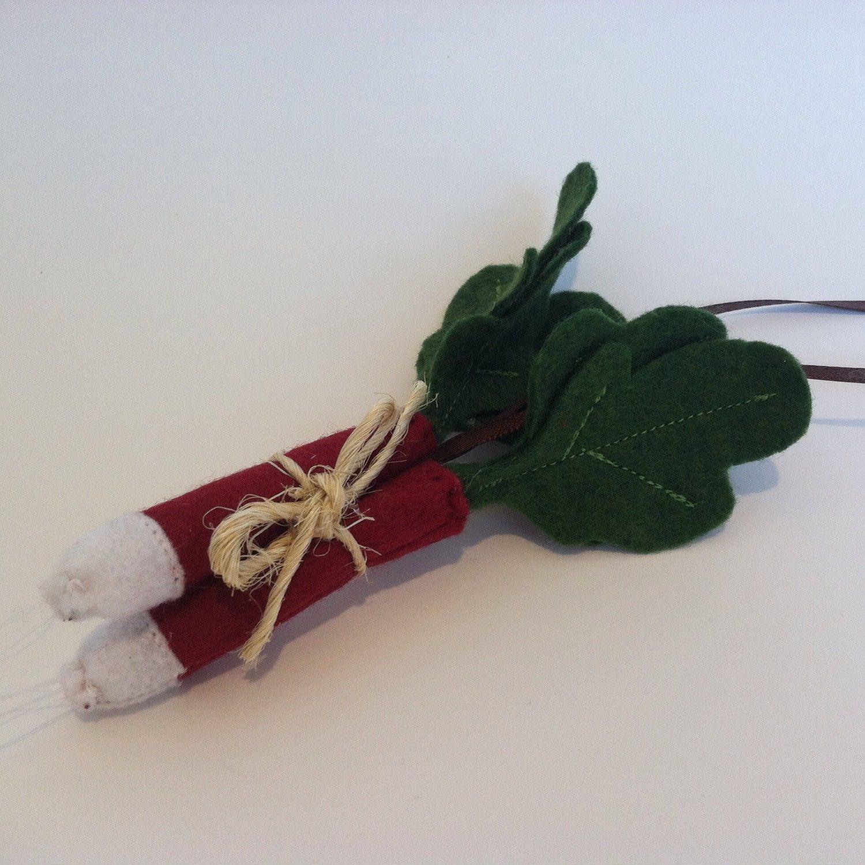 New ornament for the heirloom veggie lover.