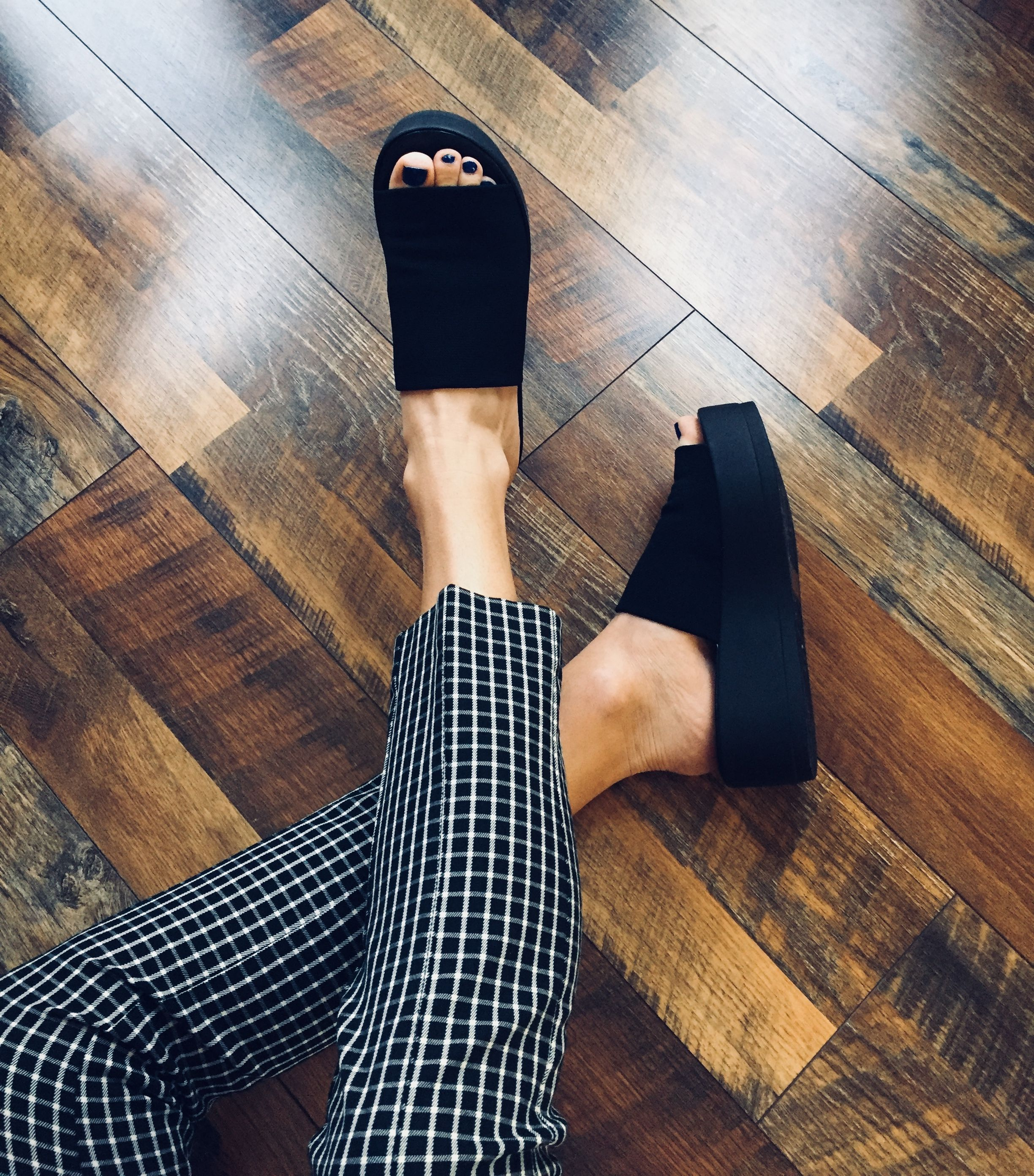 01b526066a2 Whoever said the 90s were dead was totally buggin   asif ⋆ Steve Madden s  Slinky Sandals