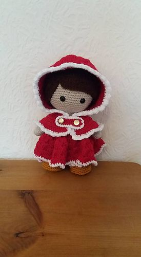 Weebee Doll - Hooded Holiday Cape pattern by Laura Tegg
