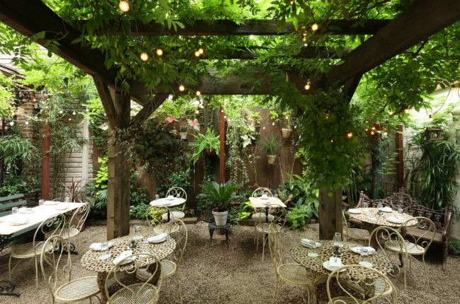 15 Outdoor Garden Restaurants Amp Bars To Try In Nyc