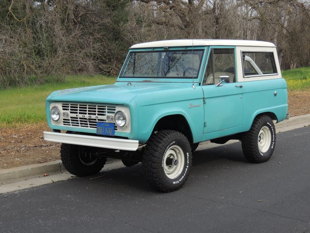 Code D Peacock Blue Ford Bronco Bronco Truck Old Ford Bronco