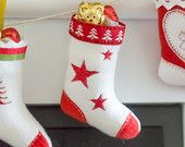 Machine embroidery design: a cute Christmas stocking in only 15 minutes