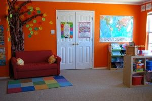 Not really a fan of bright wall colors - but I think it looks really fun for one of the walls of the school room.  There are other great ideas for rooms too