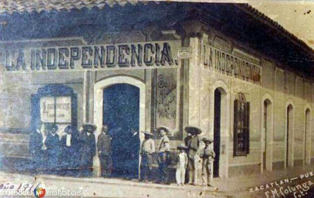 Fotos de Zacatlán, Puebla, México: Tienda La Independencia (1911)