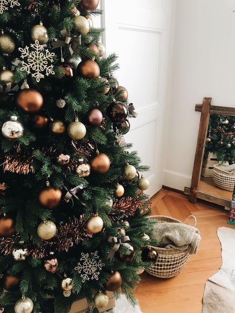 6,000+ Free Christmas+Tree+Christmas+Tree & Christ