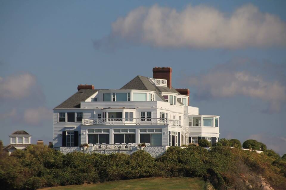 Taylor Swift S Home In Watch Hill Ri Visitrhodeisland Rhode
