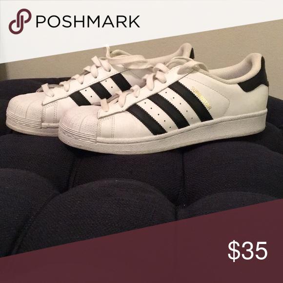 Adidas tennis shoes White tennis shoes