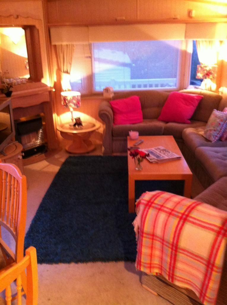 WILLERBY LYNDHURST 37X12 CARAVAN | County Londonderry | Gumtree