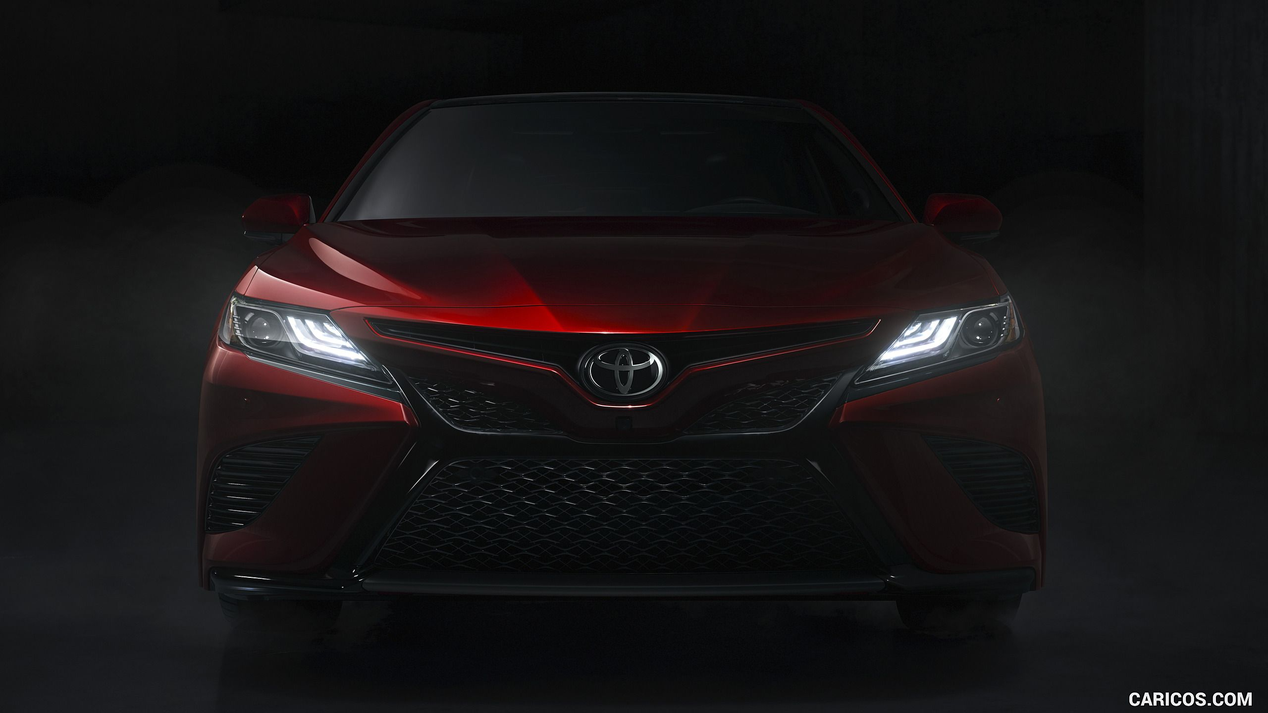 2018 Toyota Camry XSE Headlight HD Autos, Arena, Carreras