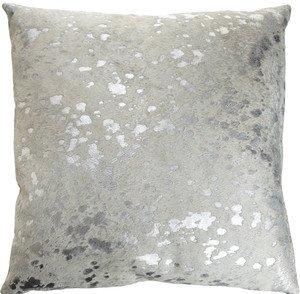 Pin By Camila Belen On Room Ideas In 2020 Cowhide Pillows Silver Pillows Metallic Pillow