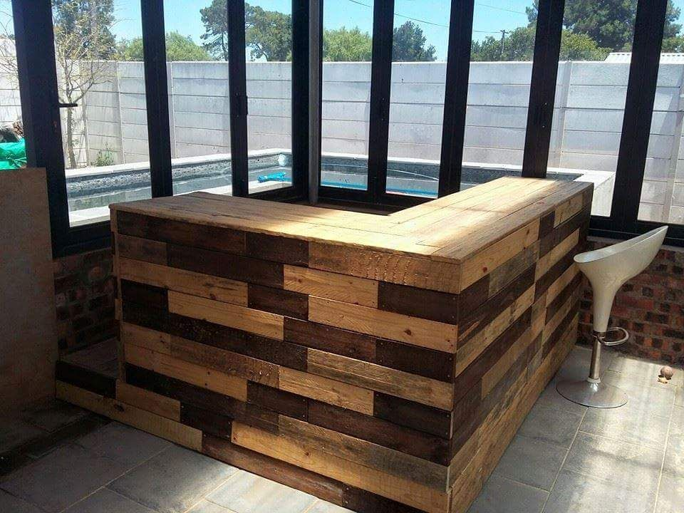 Wooden Pallet LShape Bar Table 20 Excellent Pallet