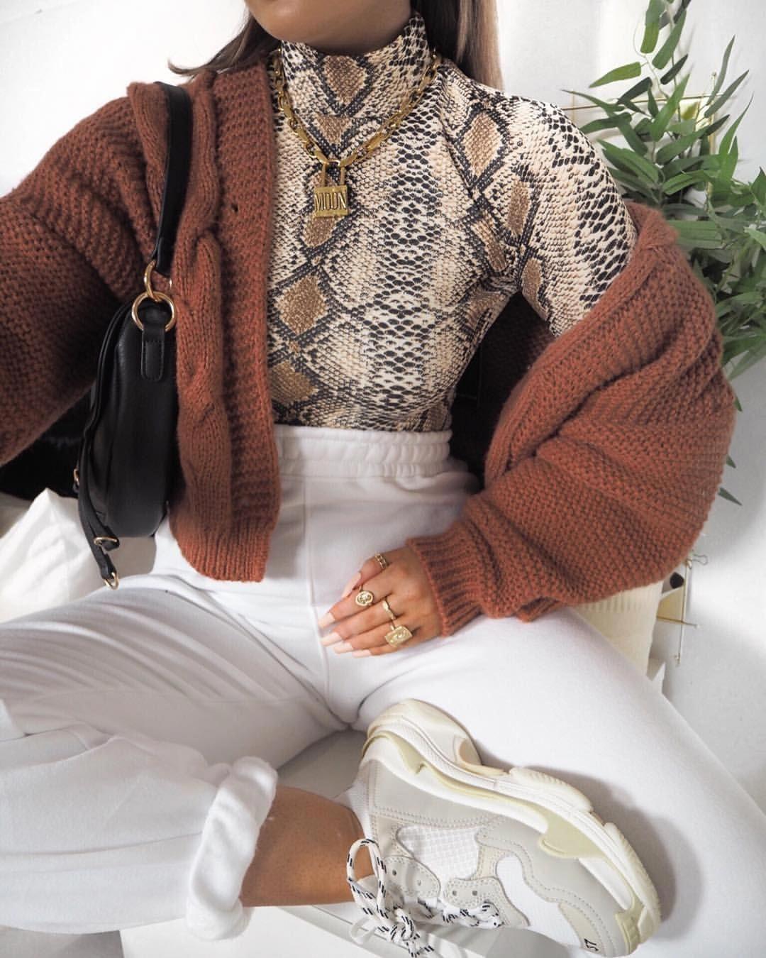 American Tween Girls Fashion: Junior Girl Clothing Stores