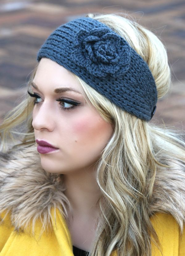 What better way to style your outfit this fall and winter than with our amazing Flower Crochet Head Warmer! Made out of a soft yarn, it is sure to keep your cute little self cozy and warm all season l