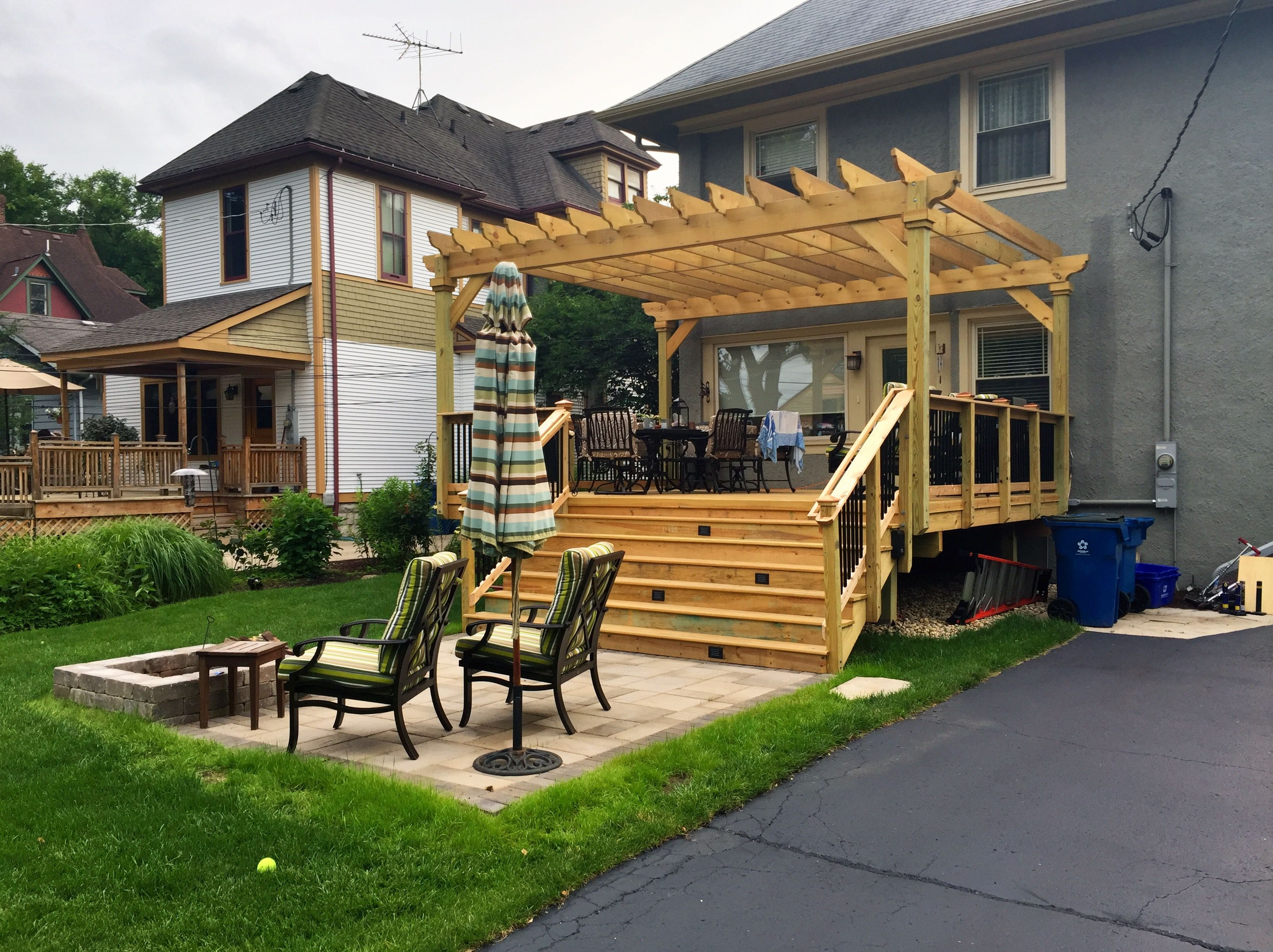 Deck Patio Pergola Combination In Lagrange Il Custom Designed And Built By Archadeck Of Chicagoland Patio Patio Projects Pergola