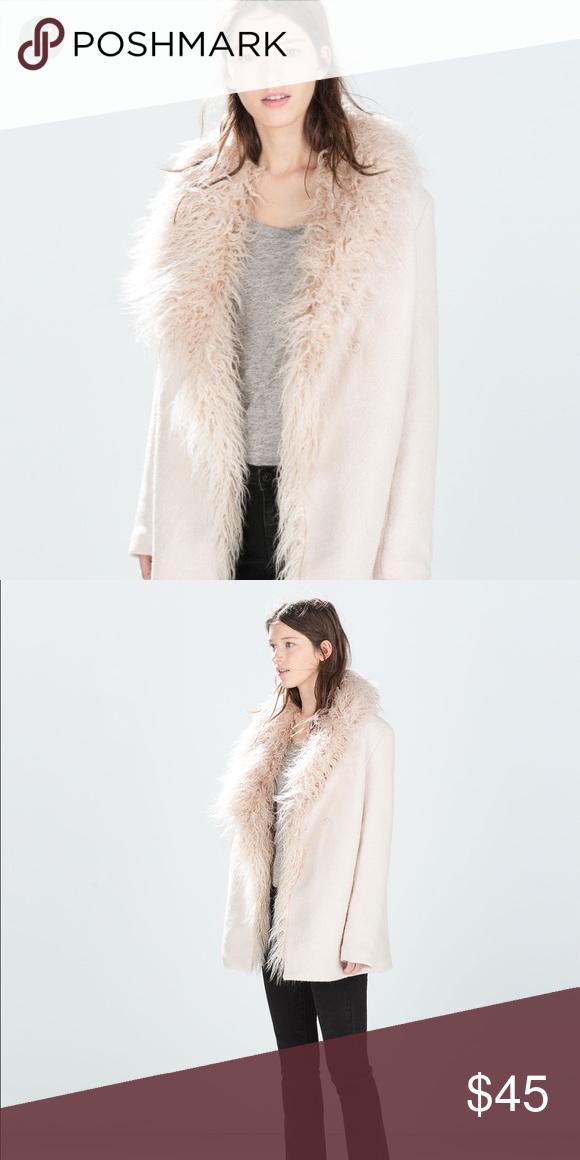 f04108c13c4 Zara Coat with fur collar Beautiful, like-new light pink fur collar ...