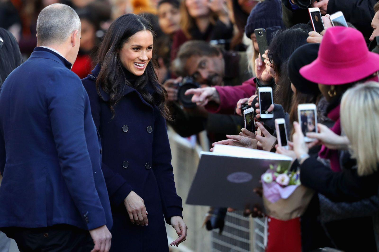 A Body-Language Expert Breaks Down Meghan Markle and Prince Harrys Most Awkward Moment