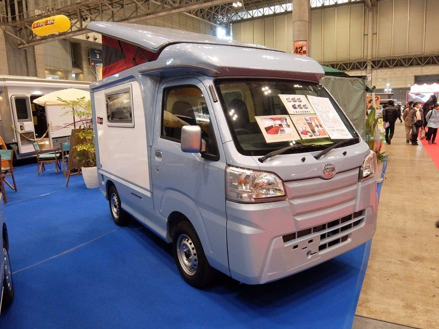 Field Life S Balocco Is A Pop Up Roof 4wd K Camper That