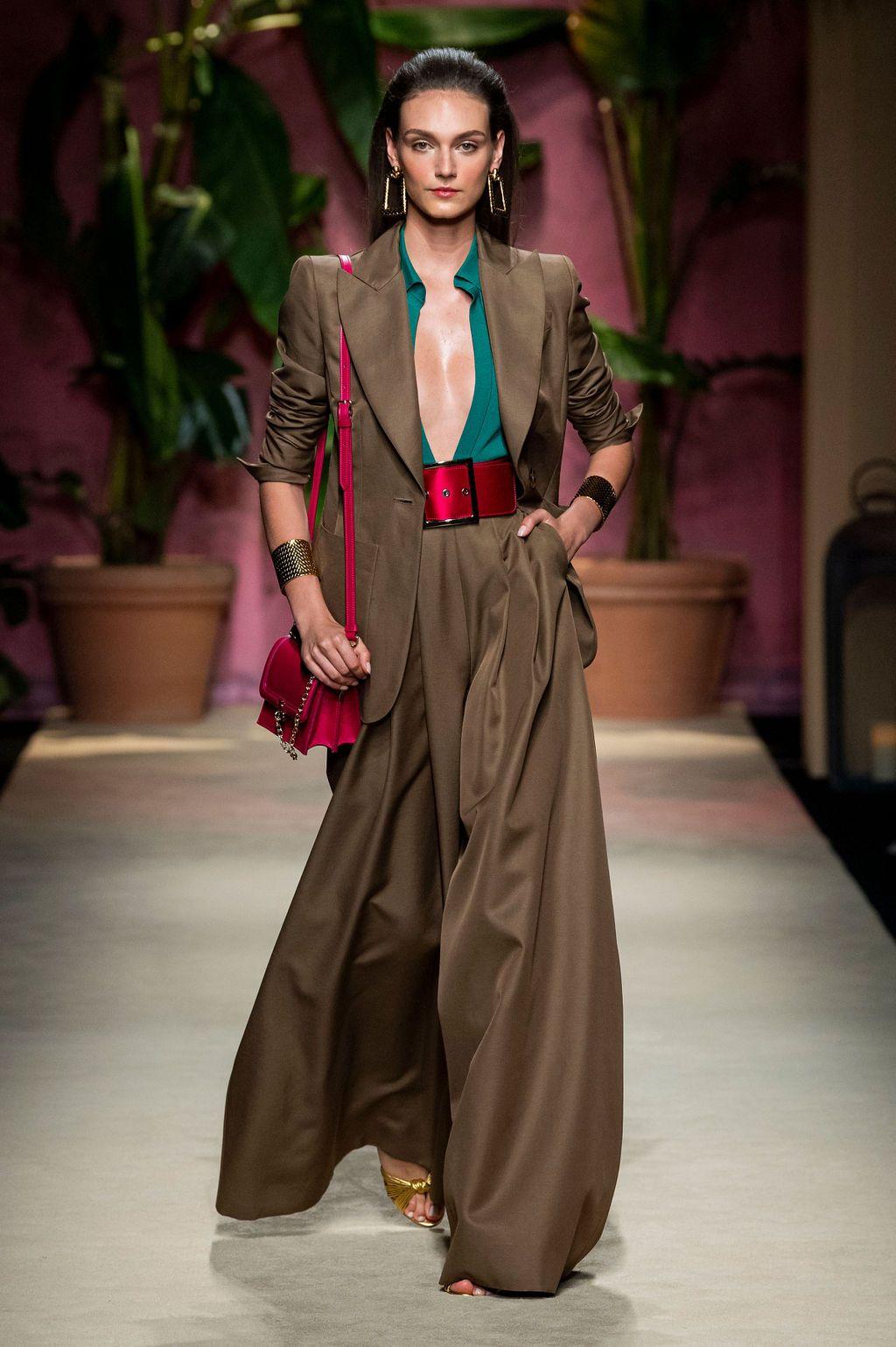 Photo of LUISA SPAGNOLI SS20 – Fashion Magazine 24