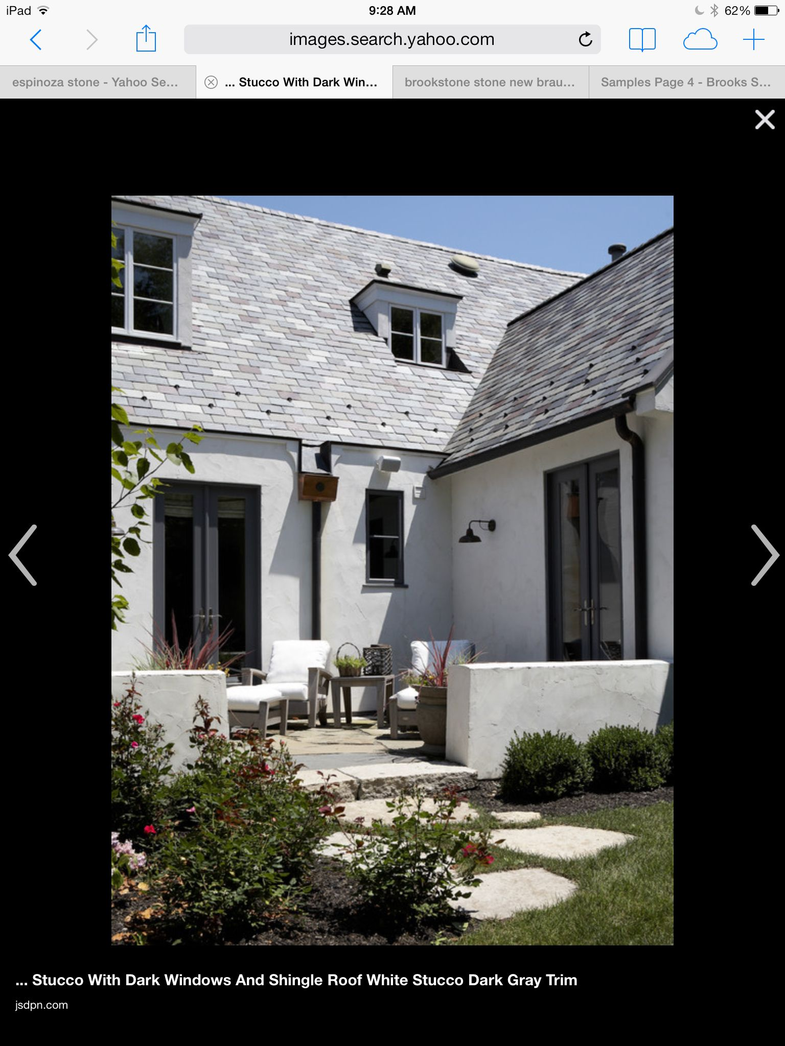 Best Light Gray Stucco Shingles Black Trim White Stucco House Stucco Exterior Exterior Paint 400 x 300