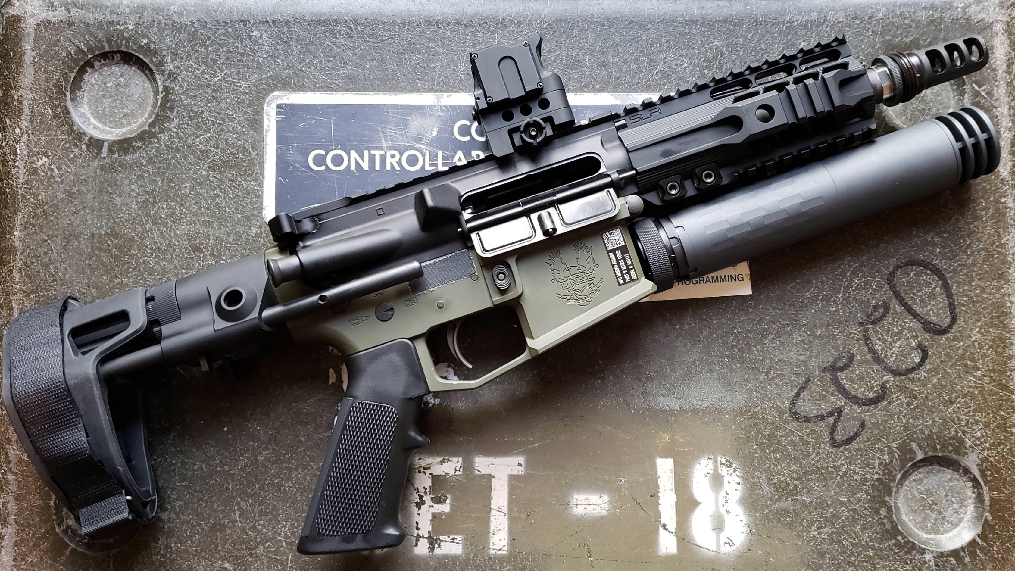 Pin by Erik Anderson on Guns | Guns, Ar pistol build, Assault rifle