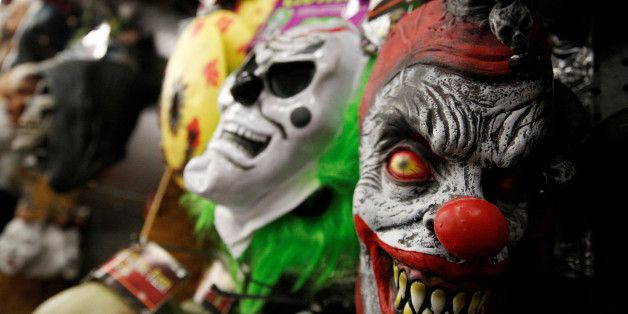 Horror-Clowns überfallen einen Mann in Berlin