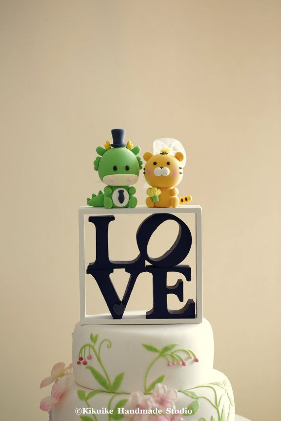 Dragon And Tiger Wedding Cake Topper K748 With Images Cat Wedding Cake Topper Wedding Cake Toppers Cake Toppers