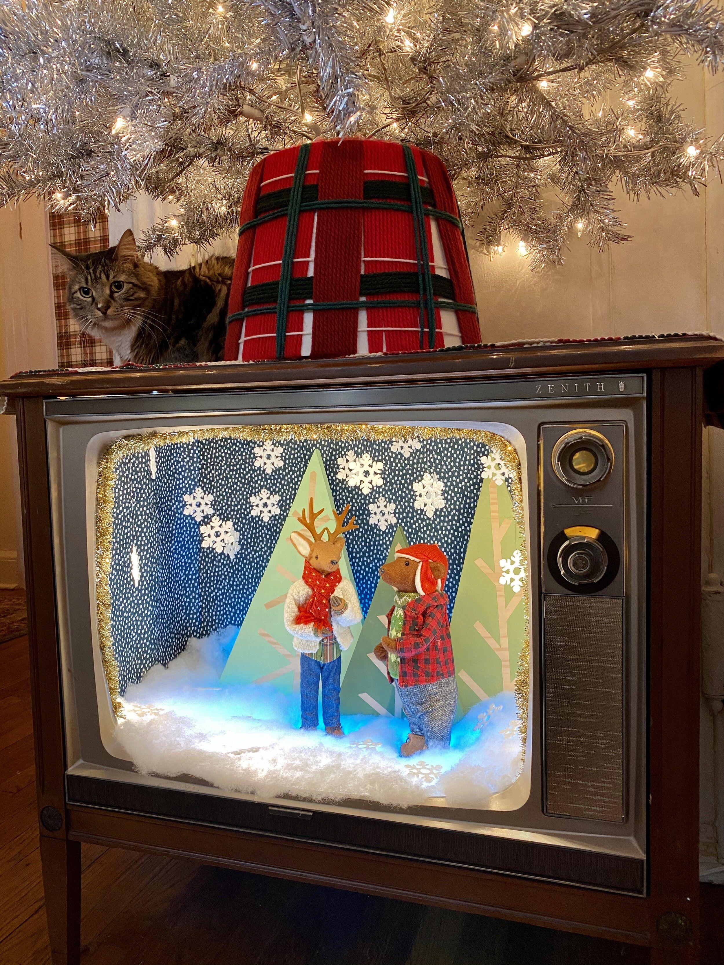 Diy Vintage Christmas Tv Crafty Lumberjacks Vintage Christmas Diy Diy Vintage Vintage Christmas