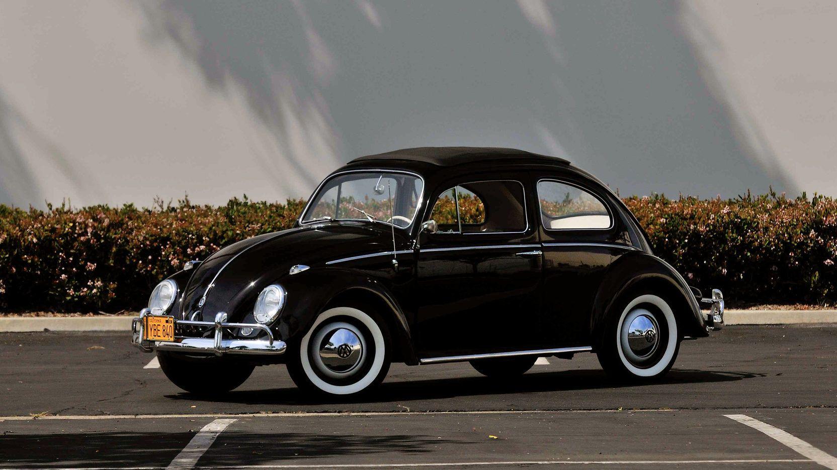 1960 Volkswagen Beetle Rag Top Presented As Lot S71 At Anaheim Ca Volkswagen Beetle Volkswagen Pontiac Catalina